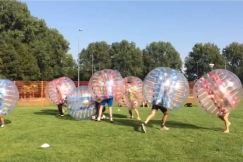 Airtrack en Bubbelvoetbal!